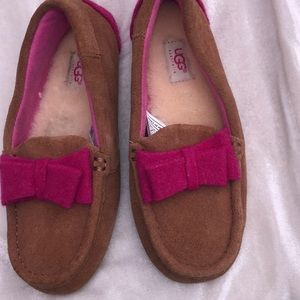 New UGG Rosea Wool Bow Moc Loafer